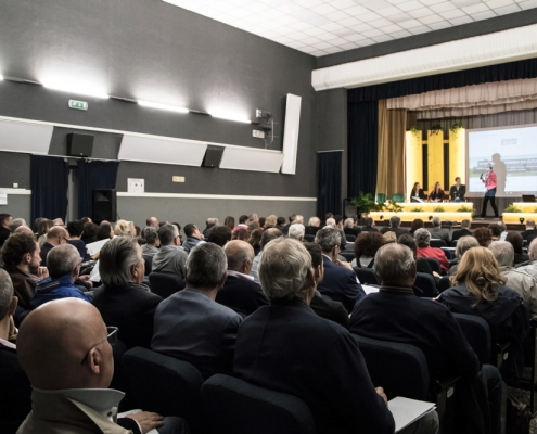 Platea del convegno, Cinema Teatro Roma, Arquata Scrivia